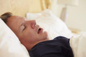 Почему человек стонет во сне. Причины возникновения стонов во сне