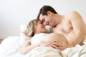 Как лежать после полового акта чтобы забеременеть. Как заняться сексом, чтобы точно забеременеть