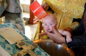 Можно ли на крестины с месячными. Почему нельзя крестить с месячными