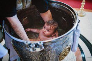 Крещение ребенка месячные у крестной. Месячные и крестины