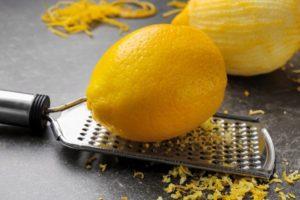 Что будет если съесть 1 лимон. Почему есть лимоны с кожурой вредно для здоровья? Какая лимонная кожура полезна? Лимон для красоты