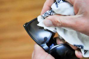 Отполировать пластиковые стекла очков в домашних условиях. Средства и способы для полировки очков: удаление царапин