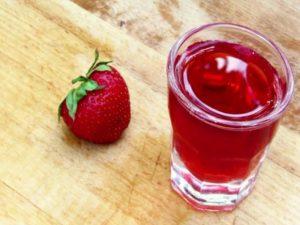 Настойка из ягод земляники. Как сделать наливку, ликер, настойку из клубничного варенья, замороженной и свежей клубники на водке, спирту, самогоне: рецепт в домашних условиях