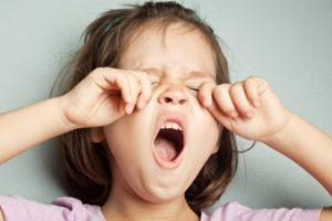 Почему хочется зевать при выполнении тренировки. Что такое зевота? Причины зевоты у детей и взрослых. Как избавиться от зевоты
