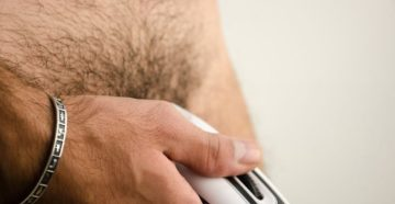 Как правильно побрить пах мужчине без раздражения. Как правильно побрить яйца мужчине. Самые хорошие бритвы