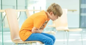 Болит желудок у подростка что делать. Гастрит и гастродуоденит. Почему у подростка болит живот